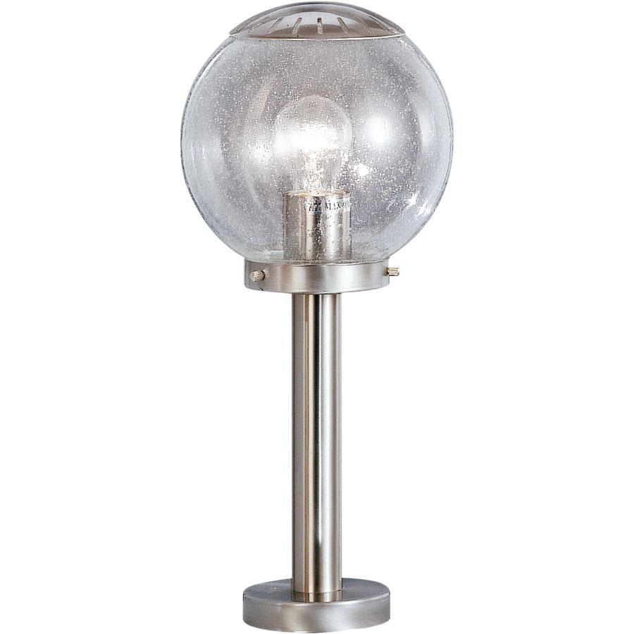 Светильник уличный Globo. 31813181Характеристики: Материал: стекло, металл. Количество ламп: 1 шт (не входит в комплект). Размеры светильника: 45 см х 20 см.