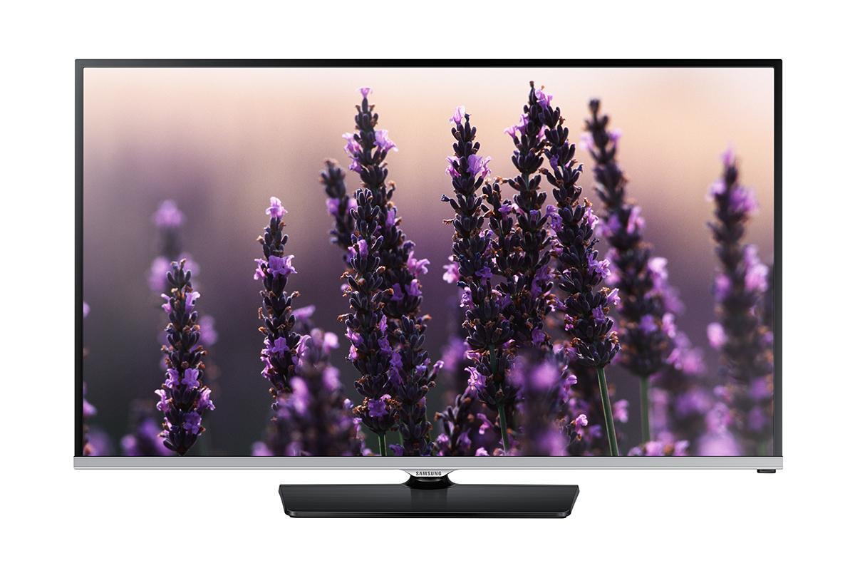 Samsung UE22H5000AK телевизор225000LED-телевизор Samsung UE22H5000AK модельного ряда 2014 года с экраном 22, высоким разрешением Full HD 1920х1080p оснащён процессором изображения Hyper Real Engine, технологией Clear Motion Rate 100 Hz, обладает полным углом обзора 178 градусов, а также элегантным дизайном, который великолепно будет смотреться в любом интерьере от модерна до классики. Новинка Samsung UE22H5000AK оснащена современным процессором обработки изображения Hyper Real Engine, который лёг в основу новой линейки серии H5000. Вместе с технологиями Wide Color Enhancer Plus, Mega Dynamic Contrast и Clear Motion Rate 100 Hz этот процессор обеспечивает воспроизведение великолепного по качеству изображения с насыщенными, глубокими цветами. Samsung UE22H5000AK в своём функционале имеет технологию ConnectShare Movie, с помощью которой пользователь может просматривать видео и фото файлы, хранящиеся на USB-носителе или компьютере, слушать музыку в формате MP3. Для использования данной функции аппарат оснащен...