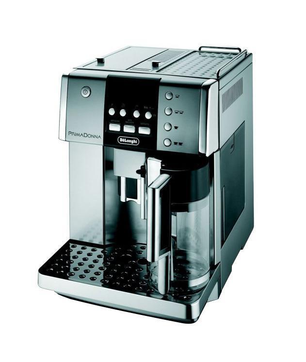 DeLonghi ESAM 6620 кофемашинаESAM 6620Автоматическая кофемашина, оснащенная запатентованной системой приготовления капучино De'Longhi. Одним нажатием кнопки вы можете приготовить свой любимый напиток: эспрессо, капучино, кофе латте, латте макиато, горячее молоко или кофе лунго. Кофемашина имеет 4-строчный текстовый дисплей, позволяющий выполнить настройки в соответствии с вашими индивидуальными предпочтениями. В кофемашине имеется подставка для подогрева чашек и фильтр очистки воды.