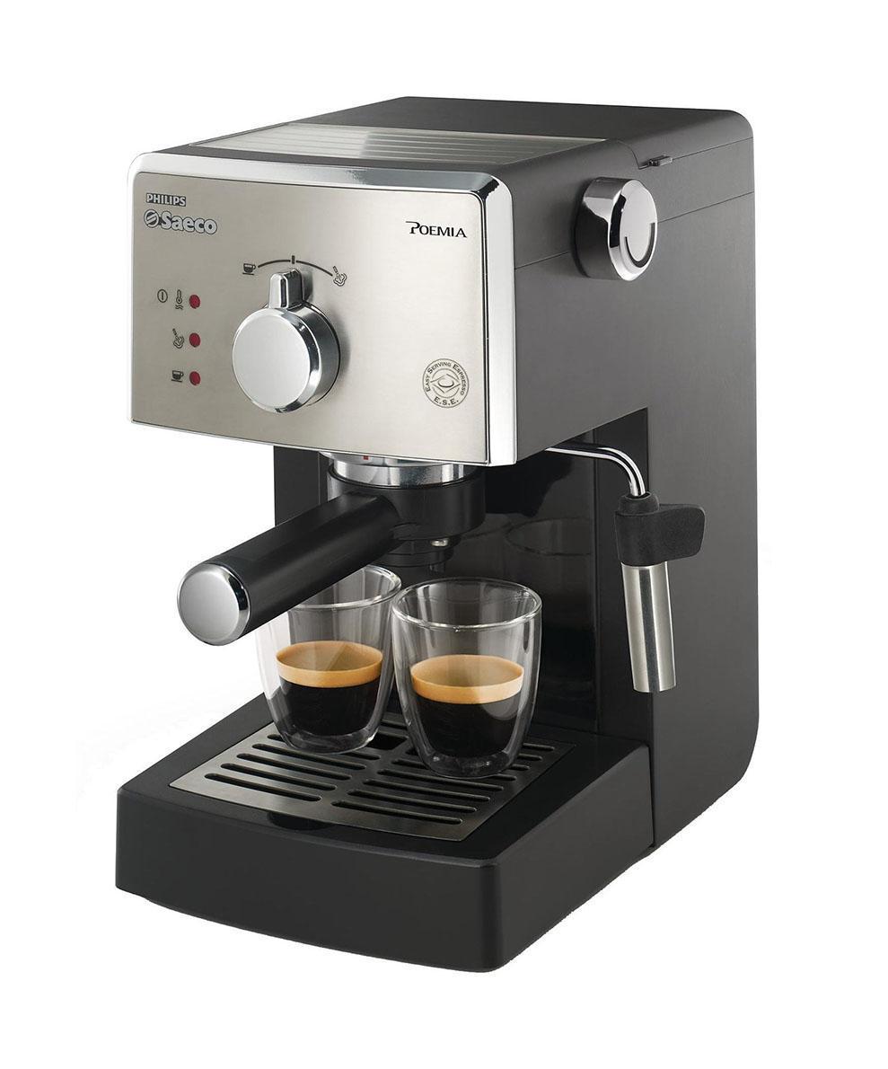 Philips HD8325/79 кофеваркаHD8325/79Рожковая эспрессо-кофемашина Philips HD8325/79 гарантирует любителям традиционного приготовления кофе идеальный эспрессо каждый день. Запатентованный напорный фильтр Crema каждый раз гарантирует великолепную стойкую пенку. Напорный фильтр Crema Этот фильтр гарантирует великолепную стойкую пенку. Давление помпы 15 бар Высокое давление позволяет раскрыть весь аромат молотого кофе. Подогрев чашек Эта функция позволяет не только хранить чашки и стаканы для эспрессо на эспрессо-кофемашине, но и подогревает их, позволяя аромату раскрыться в полной мере и сохранить температуру. Молотый кофе и система Easy Serving Espresso (E.S.E.) Эта кофемашина позволяет выбрать между молотым кофе и системой Easy Serving Espresso (E.S.E.), то есть кофе в чалдах. Классический капучинатор для великолепной молочной пенки Эта эспрессо-кофемашина Saeco оснащена классическим капучинатором, который бариста называют...