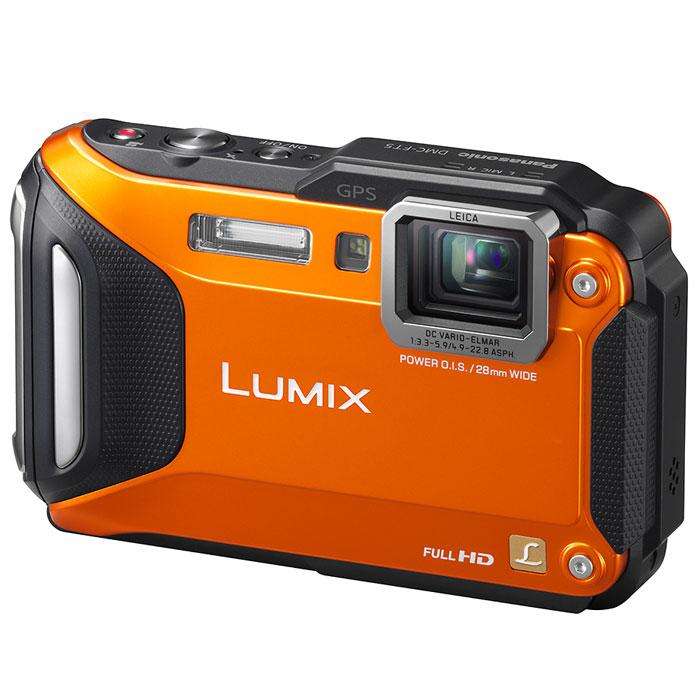 Panasonic Lumix DMC-FT5, Orange (DMC-FT5EE9-D) цифровая фотокамераDMC-FT5EE9-DЦифровая фотокамера Panasonic Lumix DMC-FT5 оснащена сенсором с разрешением 16,1 Мпикс, широкоугольным объективом Leica с фокусным расстоянием 28 мм и 4,6х оптическим зумом (28—128 мм в эквиваленте 35 мм камеры). К тому же этот фотоаппарат поддерживает видеосъемку в разрешении 1920x1080 50р (PAL). Защищенный от пыли корпус способен погружаться на глубину 13 метров, выдерживать давление в 100 кг, падать с высоты 2 метра и снимать при -10°С - так что этот фотоаппарат прекрасно себя чувствует даже в самых суровых условиях. Также он оснащен встроенными модулями GPS и GLONASS, что позволило добиться еще более высокой точности определения местоположения. Предусмотрена база данных с информацией о множестве достопримечательностей, а также компас, альтиметр и барометр, что по достоинству оценят любители проводить время на свежем воздухе. Благодаря поддержке Wi-Fi и NFC, вы сможете подключать камеру к своему смартфону одним прикосновениям — больше вам не...