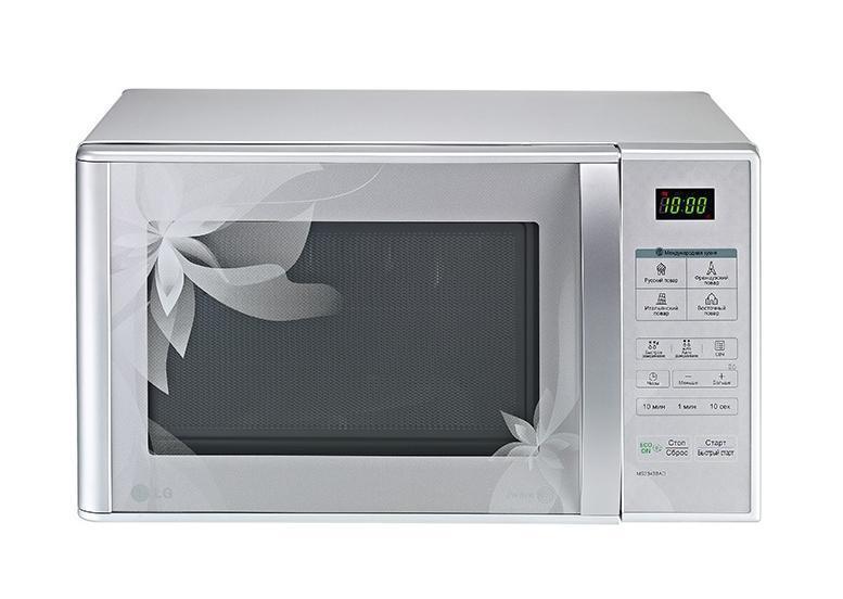 LG MS2343BAD СВЧ-печьMS2343BADМикроволновая печь LG MS2343BAD с автоматическими программами приготовления и специальным внутренним покрытием для легкой уборки. Авто-программы приготовления «Международная кухня»: 32 уникальные программы, позволяющие легко и без усилий приготовить блюда по традиционным рецептам французской, итальянской, восточной и русской кухни. Достаточно лишь заложить необходимые продукты в камеру и выбрать подходящее меню, а печь сама установит оптимальный режим приготовления блюда для придания ему насыщенного и неповторимого вкуса. Технология I-wave: Благодаря технологии I-wave микроволны в печи распространяются по спирали, обеспечивая глубокое и равномерное проникновение тепла как по центру, так и по краям блюд. Особая конструкция внутренней стенки помогает волнам распространятся по всему объему камеры, что также обеспечивает более равномерное приготовление. Легкоочищаемое покрытие Easy Clean: Специальное легкоочищаемое покрытие LG Easy...
