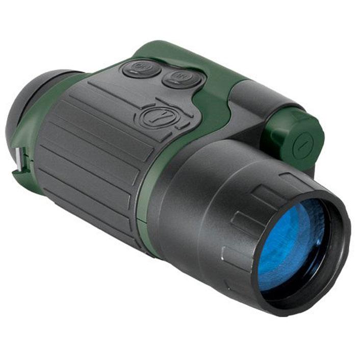 Yukon Spartan 3x42 прибор ночного видения24122Yukon Spartan 3x42 - компактный прибор ночного видения, предназначенный для наблюдения и ориентации в ночных условиях. Отличительная черта приборов серии Spartan - мощный ИК-осветитель, позволяющий значительно увеличить дистанцию наблюдения. ИК-осветитель делает возможным наблюдение в условиях недостаточной ночной освещенности или в абсолютной темноте. Два крепежных гнезда 1/4 позволяют использовать прибор со штативом или на маске. С помощью дополнительных аксессуаров вы можете качественно улучшить процесс наблюдения. Возможность ночной фото- и видеосъемки обеспечена фотоадаптерами, наличие сменных объективов придает прибору дополнительную универсальность. Трехкратное увеличение и светосильный объектив позволяет успешно применять прибор для наблюдений на больших (до 180 м) расстояниях. Вместе с тем прибор сохранил традиционные преимущества в весе/компактности, оставаясь карманным монокуляром. Это самый универсальный прибор в серии для разнообразных сфер использования. ...