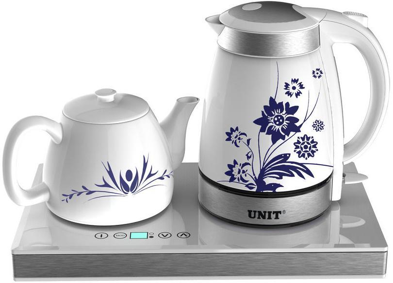 Unit UEK-252, WhiteUEK-252 WhiteUNIT UEK-252 – это набор для приготовления чая. В его комплект входят два керамических чайника – для кипячения воды и для заваривания, а также специальная пластина для подогрева. С ним вы сможете наслаждаться чаепитием несколько часов, не боясь, что напиток остынет. У данной модели элегантный дизайн с симпатичным рисунком на корпусе чайника. Комплект станет великолепным украшением вашей кухни. Во время работы прибора загорается симпатичная голубая подсветка