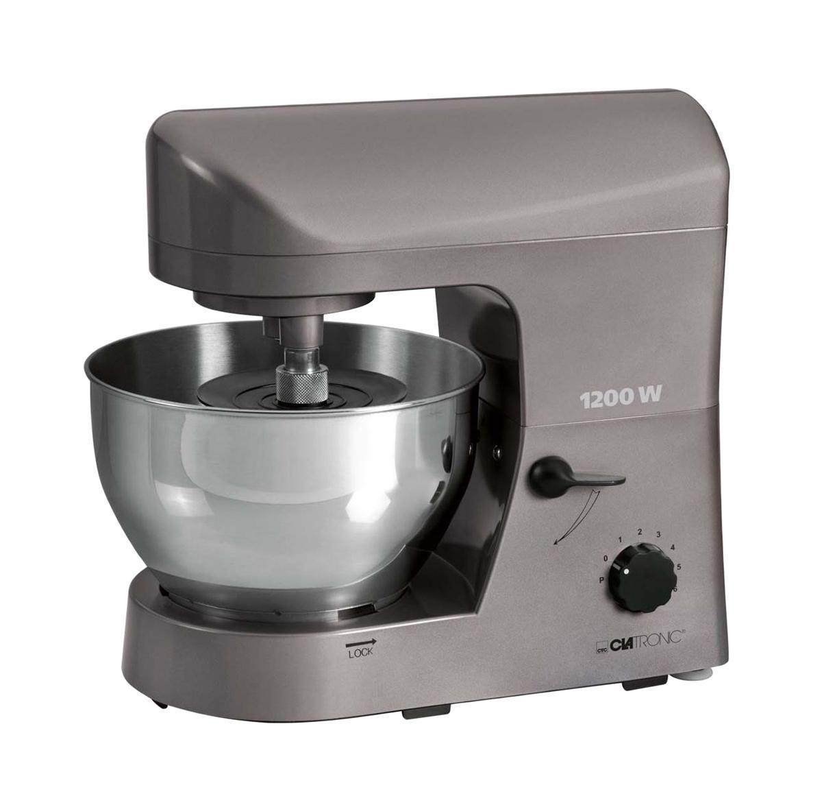 Clatronic KM 3400, Titan кухонный комбайнKM 3400 titan 1200 WClatronic KM 3400 - это удобный, многофункциональный кухонный комбайн, оптимальный практически для любой кухни. Он имеет 7 скоростей, прорезиненные ножки, импульсный режим и дополнительный крюк для тяжелого теста. Множество насадок облегчат работу любой хозяйки и сделают приготовление пищи удобным и комфортным занятием.