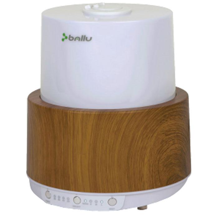 Ballu 550E-UHB, Oak увлажнитель воздухаUHB-550E oak/дубУльтразвуковой увлажнитель воздуха BALLU 550E-UHB обеспечивает мягкое увлажнение в помещении и способствует созданию полезного микроклимата. У модели увлажнителя UHB-550E удобное и понятное электронное управление со световой и звуковой индикацией. Корпус увлажнителей выполнен в 2-х расцветках - под текстуру дерева венге и дуб. Исполнение приборов в текстуре под дерево подчеркивает идею гармоничного сосуществования высоких технологий и природы и сочетается с мебелью в вашем доме. Назначение Прибор предназначен для поддержания комфортного уровня влажности в помещении. Сфера применения Городские квартиры, таунхаусы, загородные дома, дачи, офисы, зимние сады. Управление прибором Управление прибором происходит с помощью нажатия клавиш включения прибора и выбора скорости увлажнения. Принцип действия 3 скорости увлажнения: LOW, MID, HIGH Таймер на отключение прибора 2-8 часов Отличительные особенности ...