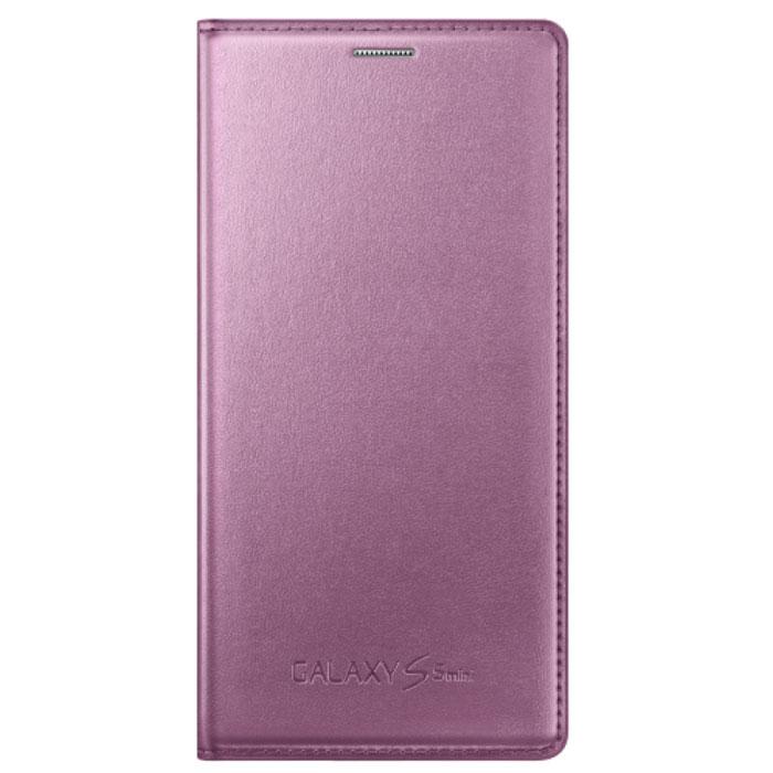 Samsung EF-FG800 Flip Cover чехол для Galaxy S5 mini, PinkEF-FG800BPEGRUSamsung EF-FG800 Flip Cover - очень полезный аксессуар, ведь он надежно защищает Samsung Galaxy S5 mini от внешних воздействий, грязи, пыли, брызг. Также чехол поможет при ударах и падениях, смягчая удары, не позволяя образовываться на корпусе царапинам и потертостям. Кроме того, он будет незаменим при длительной транспортировке устройства.