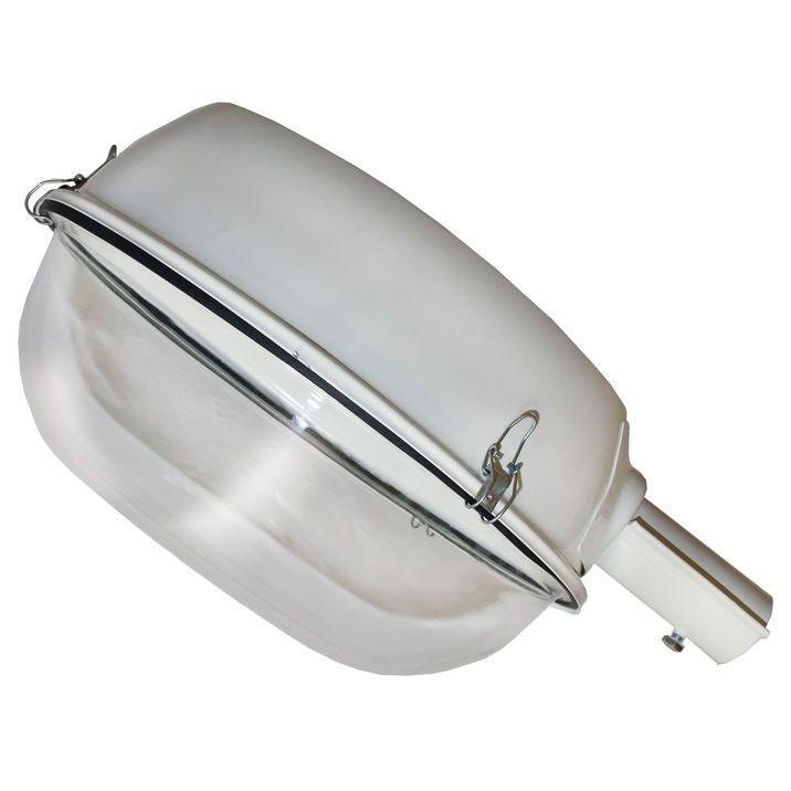A1145AL-1WH Уличный светильникA1145AL-1WHОригинальный и стильный светильник, который создаст неповторимую атмосферу у вас в квартире или на даче. Благодаря высококачественным материалам он практичен в использовании и отлично работает на протяжении долгого периода времени. Светильник без мерцания распространяет свет и не вредит вашим глазам.