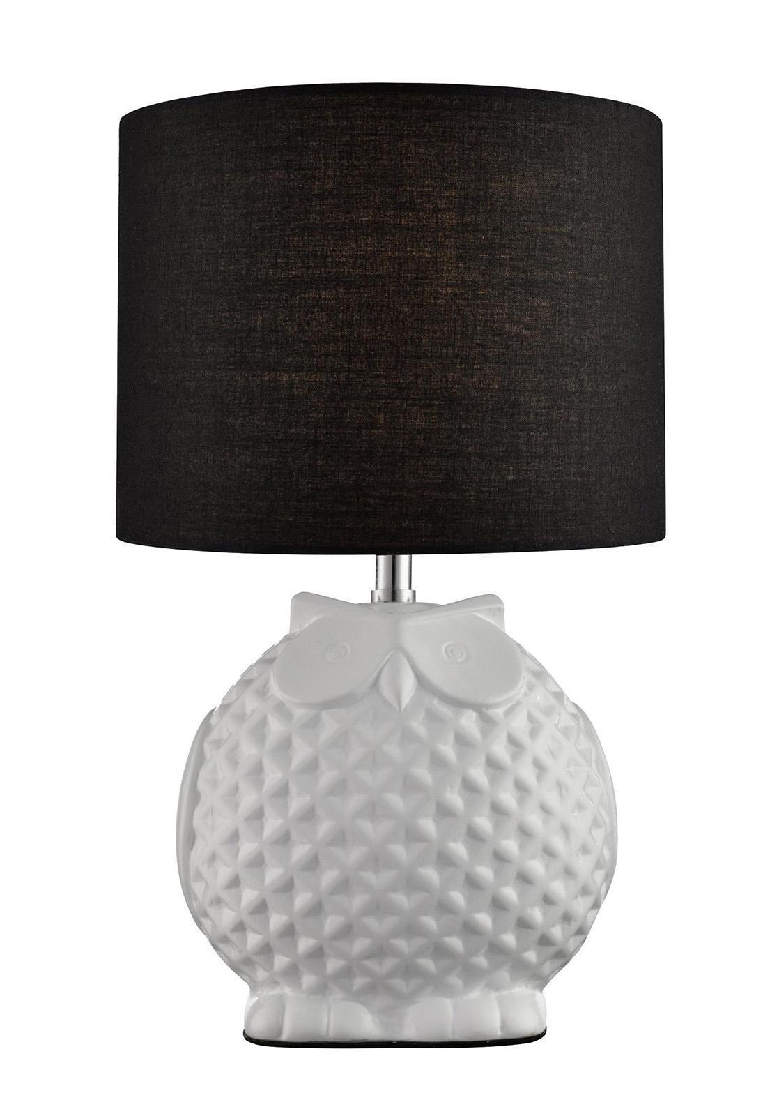 A1582LT-1BK GAMBA Настольный светильникA1582LT-1BKНастольная лампа Arte Lamp A1582LT-1BK Gamba — это высокое качество по приемлемой цене. Вся продукция Arte Lamp сертифицирована согласно требований Европейских директив и имеет маркировку CE. Защита окружающей среды — обязательное условие при производстве всего ассортимента фабрики. Светильник Arte Lamp A1582LT-1BK Gamba — это гармония между функциональностью и формой, где ключевую роль играет дизайн. Фабрика Arte Lamp диктует новые и перспективные тренды в дизайне. 1xE14 40W Материал: Арматура: Керамика / Плафон: Ткань Цвет: Арматура: Черный / Плафон: Черный Размер: 31x18x18