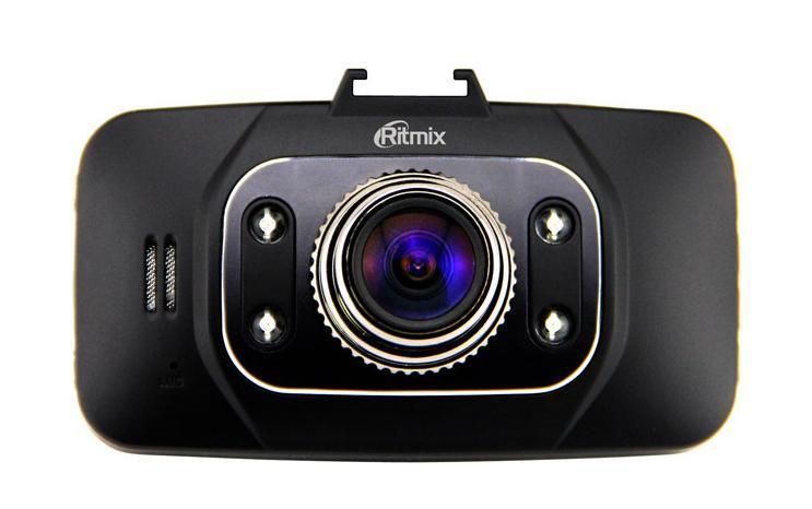 """Ritmix AVR-832 видеорегистраторAVR-832Ritmix AVR-832 – компактный автомобильный видеорегистратор, выполненный в популярном дизайне. Устройство оснащено экраном с диагональю 2,7"""" и качественной оптикой с широким углом обзора. Регистратор обеспечивает настоящее разрешение Full HD при скорости записи 30 кадров в секунду. AVR-832 комплектуется магнитным креплением со встроенным GPS-модулем, который фиксирует координаты автомобиля и его скорость в любой точке пути."""