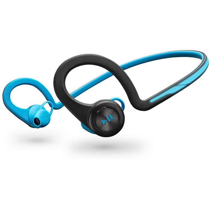 Plantronics BackBeat Fit, Blue Bluetooth гарнитура200450-05Каким бы видом спорта вы ни занимались, вас всегда будут сопровождать гибкие и устойчивые к влаге беспроводные стереонаушники Plantronics BackBeat FIT. Благодаря великолепному качеству звучания вы четко слышите музыку, а дизайн, разработанный с учетом требований безопасности, позволяет слышать окружающие звуки и быть заметным в темноте. Многофункциональный нарукавник защищает ваш смартфон во время движения и служит для хранения наушников после тренировки - идеально подходит для занятий спортом. Удобные, надежные и созданные для активного образа жизни наушники BackBeat FIT обладают гибкой конструкцией, удобно фиксируются и остаются на месте во время любых упражнений. Легко доступные элементы управления, расположенные на ухе, позволяют вам двигаться и управлять воспроизведением музыки или телефонными вызовами, а неопреновый нарукавник, входящий в состав комплекта, надежно защищает ваш смартфон. BackBeat FIT идеально подходят как для тренировок в...