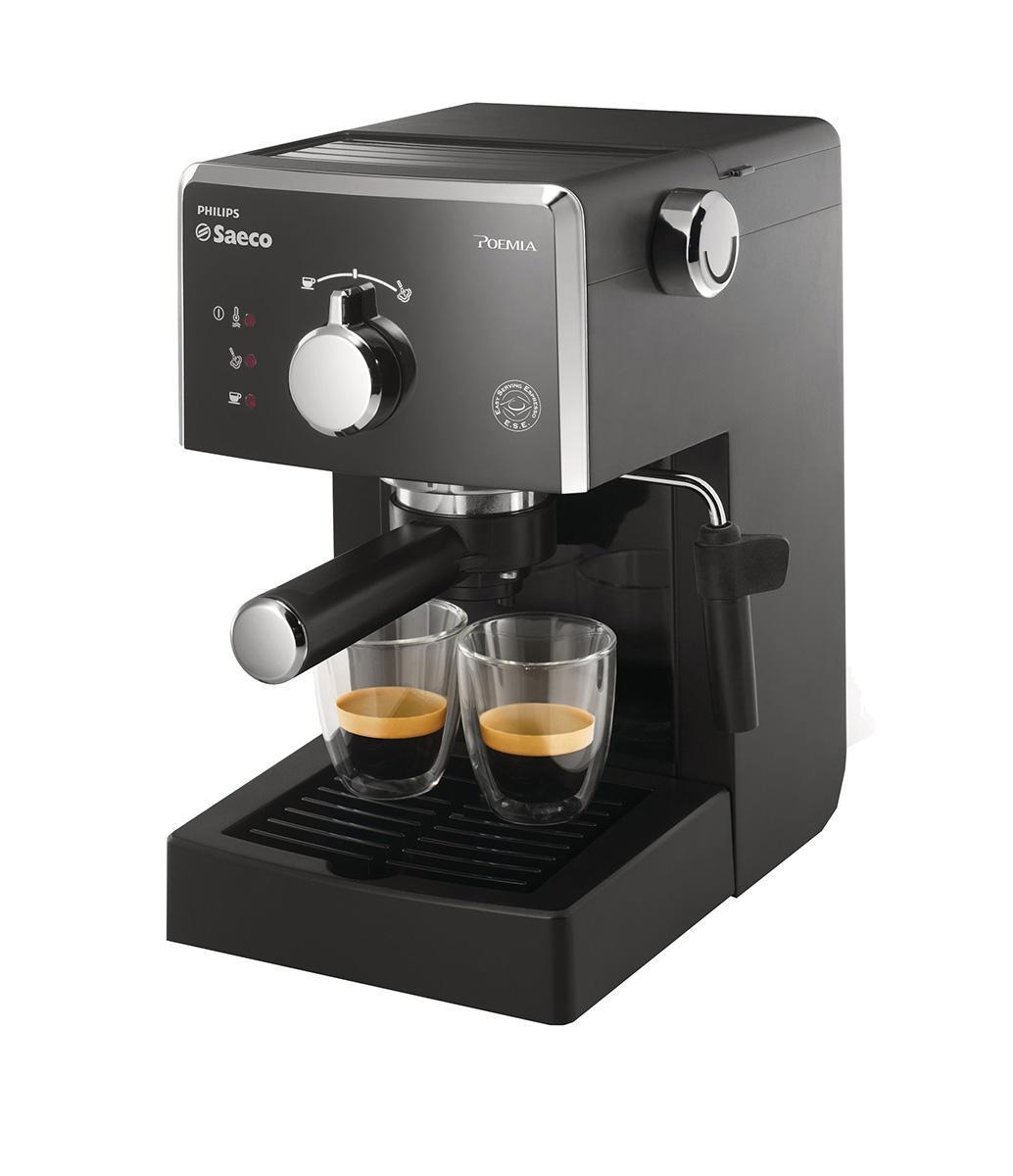 Philips Saeco HD8323/39 рожковая кофеваркаHD8323/39Philips Saeco HD8323/39 Рожковая эспрессо-кофемашина гарантирует любителям традиционного приготовления кофе идеальный эспрессо каждый день. Запатентованный напорный фильтр Crema каждый раз гарантирует великолепную стойкую пенку. Держатель напорного фильтра Crema Держатель напорного фильтра Crema Специальный фильтр Crema гарантирует великолепную стойкую кофейную пену, какой бы сорт кофе вы ни выбрали. Подходит для молотого кофе и системы Easy Serving Espresso (ESE) Вы можете использовать молотый кофе или выбрать систему Easy Serving Espresso (E.S.E.) для приготовления кофе в чалдах Давление помпы 15 бар Высокое давление позволяет раскрыть весь аромат молотого кофе Долговечные качественные материалы Рожковая эспрессо-кофемашина создана из высококачественных и прочных материалов. Подставка для чашек Благодаря этой удобной функции вы...