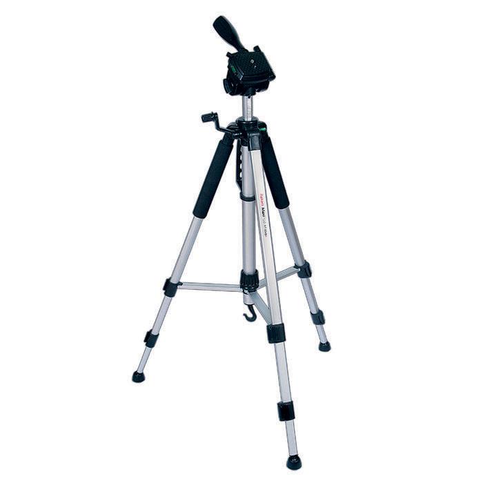 Rekam MaxiPod RT-M45G штатив (с муфтами)MaxiPod RT-M45GRekam MaxiPod RT-M45G - универсальный, 3-секционный штатив из серии MaxiPod. Устойчивая, 3-секционная конструкция выдерживает нагрузку до 4 кг. Благодаря многогранному сечению ног штатив обладает дополнительным запасом прочности и может использоваться для видеосъемки. Конструкция головы позволяет поворачивать камеру для съемки вертикальных кадров. Управление «головой» осуществляется при помощи ручки. Конструкция с реечными растяжками помогает быстро разложить штатив в ровном положении. Для правильного выравнивания горизонтали и вертикали, штатив оснащен двумя жидкостными уровнями, - на «голове» штатива и на основании треноги. Быстросъемная площадка надежно фиксируется и позволяет оперативно устанавливать и снимать камеру. Высота ног фиксируется при помощи удобных клипсовых зажимов. Для оперативной регулировки высоты центральная колонна оснащена обжимным замком-фиксатором. Реечный микролифт с фиксатором и ручкой позволяет осуществлять особо точную и плавную...