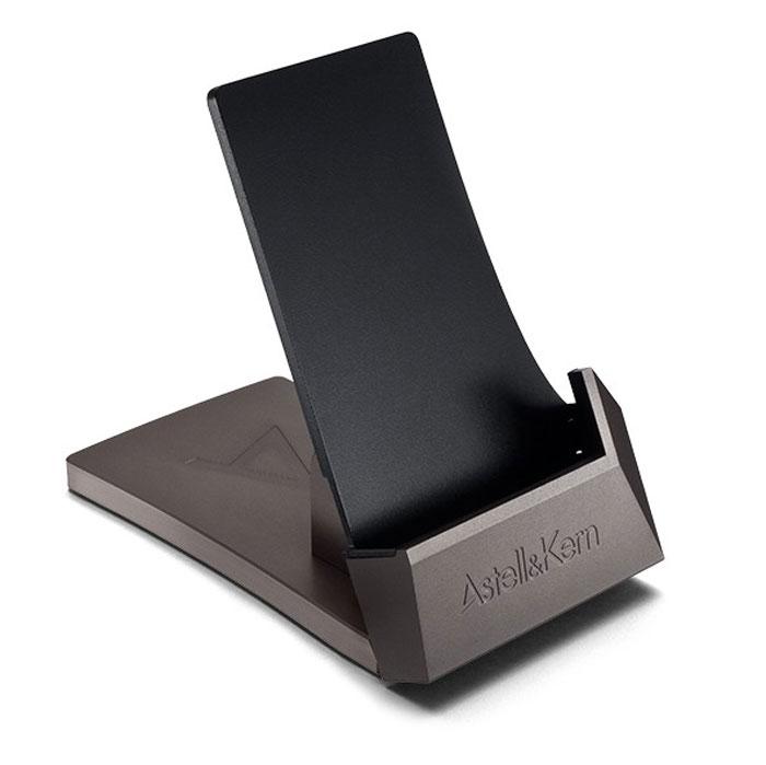 Astell&Kern AKS02 док-станция для зарядки15117267Astell&Kern AKS02 - док-станция для зарядки к плееру AK240 c регулируемым уровнем наклона.