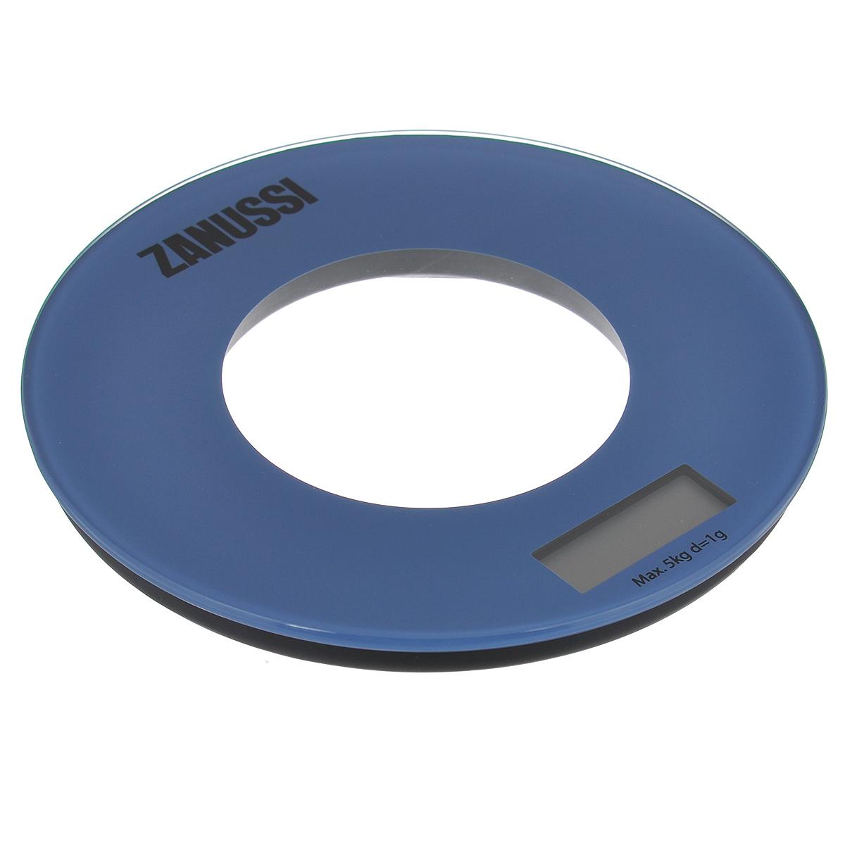 Весы кухонные Zanussi Bologna, электронные, цвет: синий, до 5 кгZSE21221EFЭлектронные кухонные весы Zanussi Bologna придутся по душе каждой хозяйке и станут незаменимым аксессуаром на кухне. Ультратонкий корпус весов выполнен из пластика с цифровым ЖК-дисплеем. Весы выдерживают до 5 килограмм и оснащены высокоточной сенсорной измерительной системой. Имеется индикатор низкого заряда батареи. С помощью таких электронных весов можно точно контролировать пропорции ингредиентов. УВАЖАЕМЫЕ КЛИЕНТЫ! Обращаем ваше внимание, что весы работают от одной литиевой батарейки CR2032 напряжением 3V (входит в комплект).