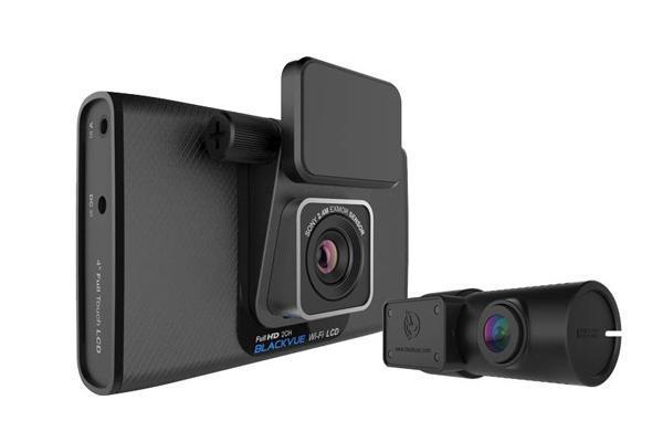 BlackVue DR750LW-2CH видеорегистраторDR750LW-2CH BlackBlackVue DR750LW-2CH - корейский видеорегистратор с двумя камерами и сенсорным дисплеем, позволяющим производить запись в разрешении FullHD и скоростью 30 кадров в секунду на каждую камеру, матрицей SONY Exmor 2,4 MPx головной и 2 MPx CMOS задней, 4-х дюймовый сенсорный дисплей с режимом PIP-картинка в картинке и еще позволяет переключать картинку на каждую камеру в отдельности, например для обеспечения удобства парковки. Угол обзора составляет 146° для передней и 129° для задней, WiFi-модуль служит для копирования ролика на карту памяти другого устройства и обновления прошивки по воздуху, заявлена поддержка карт памяти до 64 GB, регистратор оснащен суперконденсатором, исключающим неприятное воздействие отрицательных температур.
