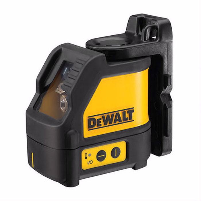 Нивелир лазерный DeWALT DW 088 K, 10 м166333Лазерный нивелир DeWALT DW 088 K подходит для построения горизонтальных и вертикальных линий при выполнении ремонтных и отделочных работ. Два режима работы, индикатор заряда батареи Вмонтированные магнитные шарнирные кронштейны для крепления к металлическим поверхностям Прочный корпус и стекло для поддержания точной калибровки в условиях рабочей площадки Самовыравнивающийся лазерный уровень для выравнивания с точностью разметки ±0, 3мм/м Диапазон самонивелирования: +/-4 °