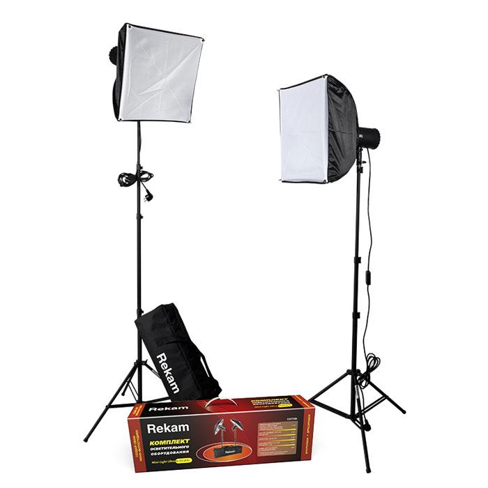 Rekam Mini-Light Ultra M-250 SB Kit комплект ламп-вспышек60-PC250J/K2SBКомплект Rekam Mini-Light Ultra M-250 SB Kit продолжает развитие серии комплектов осветительного оборудования мини-формата. Данный комплект представляет собой отличное решение для небольшой фотостудии, и может использоваться для любого вида студийной съемки – портретной, групповой, предметной. В основе комплекта два компактных импульсных осветителя-моноблока с плавной регулировкой мощности до 250 Дж. Моноблок имеет встроенные 2-лепестковые шторки для регулировки количества и направления света. При транспортировке и хранении шторки служат защитой лампового узла. В комплект входят два оригинальных софт- бокса 40х40 см, созданные специально для осветителей комплекта. Синхронизация с зеркальными и «беззеркальными» камерами осуществляется при помощи включенного в поставку синхрокабеля, или по «световому потоку». Есть возможность синхронизировать моноблоки с любительскими фотокамерами по 2 и 3 импульсам.