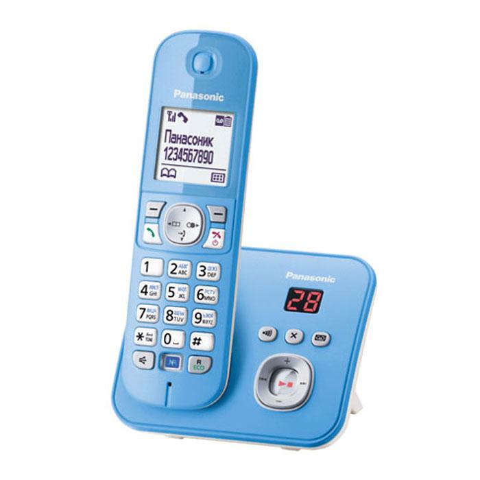 Panasonic KX-TG6821 RUF, Blue DECT телефонKX-TG6821RUFКомпактный и удобный радиотелефон Panasonic KX-TG6821RUM сделает разговоры дома и в офисе комфортными и удобными. Качество связи остается превосходным на расстоянии 50 метров от базы в квартире и 300 метров на открытом пространстве. Модель оснащена опцией ID Caller, автоматически определяющей номера входящих вызовов. Система быстрого набора позволяет быстро выбрать нужный контакт, сохраненный в памяти телефона или записной книжке. Panasonic KX-TG6821RUM имеет функцию автоответчика с возможностью записи до 30 минут. Специальная кнопка на базе позволяет отыскать потерянную трубку. Помимо стандартных функций, аппарат обладает системой Радионяня, фиксирующей звуки в детской комнате, а также ночным режимом, которые не позволит звонку побеспокоить хозяина в момент сна. блокировка клавиатуры русифицированное меню часы, дата на дисплее будильник с повторным сигналом и установкой по дням недели повторный набор