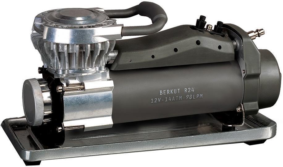 Компрессор автомобильный BERKUT R24R24Технические характеристики: - Напряжение питания: 12 В - Максимальный ток потребления: 35 A - Максимальное давление: 14 атм (BAR) - Рабочее давление: 0 - 6,89 атм (BAR) - Максимальная производительность: 98 л/мин - Рабочая производительность: 70 л/мин при 2,76 атм (BAR) - Время непрерывной работы: 60 мин при 2,1 атм (BAR) - Диапазон рабочих температур: -30 °C +80 °C - Уровень шума: 70 дБ - Длина универсального шланга: 7,5 м - Длина провода питания: 2,4 м (сечение 12 AWG) - Плавкий защитный предохранитель: 40 A - Размеры устройства: 350 x140 x 183 мм - Масса: 5,5 кг Функциональные особенности: - Насос поршневого типа, не требующий смазки - Износостойкое поршневое кольцо из фторопласта PTFE - Воздушные клапаны из прочной нержавеющей стали - Поршневая камера с увеличенным теплоотводом - Рабочий цилиндр из алюминиевого сплава - Электродвигатель нового типа с повышенным КПД - Автоматическая система защиты от перегрева - Пыленепроницаемое исполнение + фильтр очистки - Высокоточный...