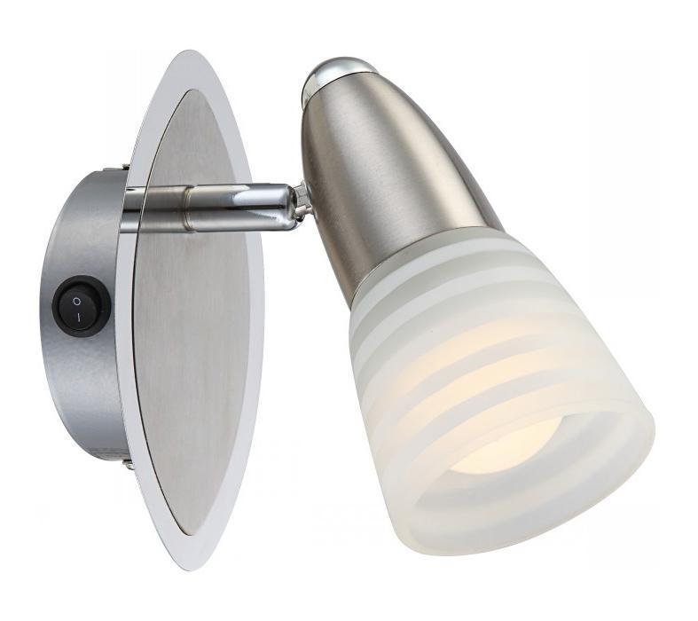 54536-1 CALEB Бра54536-1Споты CALEB 54536-1 в стиле модерн - идеальный вариант для оформления элегантного интерьера спальни. Металлическое основание серого цвета превосходно сочетается с плафоном из стекла. Точечный светильник с максимальной мощностью 12W осветит комнату, площадью 2 кв.м. Материал: Арматура: Металл / Плафон: Стекло Цвет: Арматура: Серебристый / Плафон: Матовый Размер: 9х9х14,5 Материал: Арматура: Металл / Плафон: Стекло Цвет: Арматура: Серебристый / Плафон: Матовый Размер: 9х9х14,5