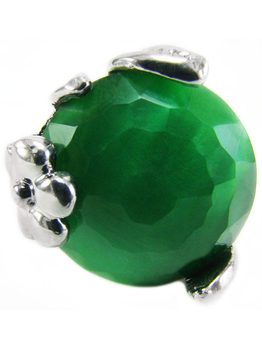 Кольцо Taya, цвет: серебристый, зеленый. T-B-8516-RING-GREENT-B-8516-RING-GREENКольцо выполнено из бижутерного сплава на основе латуни (не содержит свинец и никель) с гальваническим покрытием. Крупное кольцо с зеленым круглым камнем необычной огранки в серебряной окантовке из цветочков и листиков. Размерный ряд до 20 размера. Это необычное украшение внесет изюминку в ваш модный образ, а также позволит выделиться среди окружающих