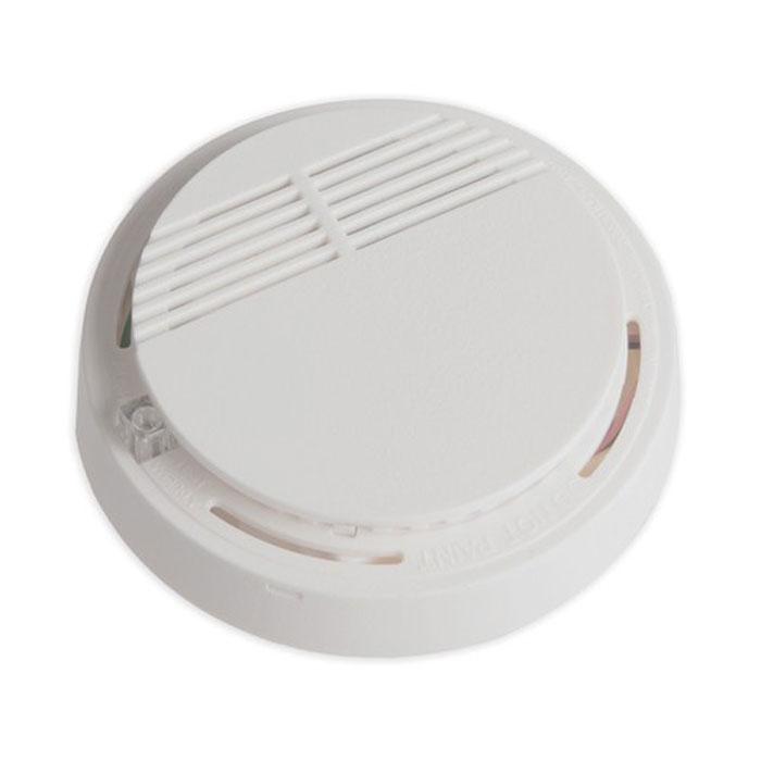Sapsan SM-01 беспроводной пожарный датчик для GSM ProSM-01Пожарный датчик Sapsan SM-01 используется для монтажа в закрытых помещениях. Устройство способно реагировать на дым, который появляется в случае возгорания. В процессе монтажа необходимо обратить внимание место его размещения. Во-первых, в зону действия не должны попадать домашние животные, во-вторых, рядом не могут располагаться различные отопительные приборы и системы кондиционирования. Необходимо учитывать попадание на прибор прямых солнечных лучей, которые также могут стать причиной ложного срабатывания. Охранная сигнализация в сочетании с таким датчиком, способна существенно повышать эффективность всей системы. Напряжение питания: 9 VDC (элемент питания тип Крона) Ток потребления в режиме покоя: до 10 мА Ток потребления в режиме передачи: до 30 мА Контролируемая площадь: до 10 кв. м Высота установки: 1,7 - 2,5 м Дымовая чувствительность соответствует UL Standаrt 1217