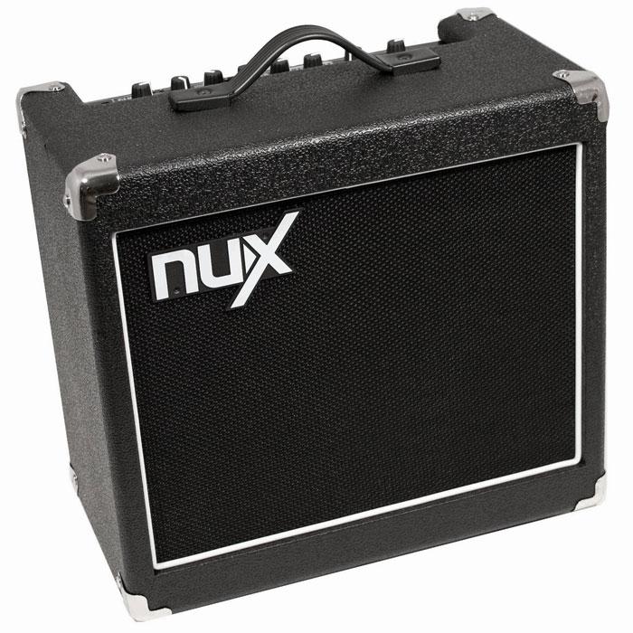 Nux Mighty15SE гитарный комбоусилительMighty15SEБлагодаря своему дружественному интерфейсу и потрясающему звуку Nux Mighty15SE - это одна из популярных моделей комбоусилителей семейства NUX. Данная модель выводит звучание на совершенно другой, более высокий уровень посредством продвинутой цифровой платформы, улучшающей звук и эффекты. Панель управления основана на платформе классического усилителя Mighty15. В основе электронной начинки процессоров NUX лежит технология TS/AC, что означает True Simulation of Analog Circuits - Подлинная имитация аналоговых устройств. В процессе игры вы заметите более динамичное воспроизведение звука, моментально реагирующее на разностилевое исполнение, по звуку не отличающееся от воспроизведения звука настоящего лампового усилителя. К тому же, Nux Mighty15SE имеет достаточный запас мощности и может использоваться не только в домашних условиях, но и на небольших концертах и мероприятиях. При необходимости усилить звук, можно подключиться к порталовой системе через линейный...