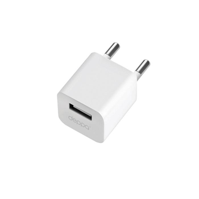Deppa Ultra One 1А, White сетевое зарядное устройство11301Зарядное устройство Deppa Ultra One предназначено для заряда батареи мобильных телефонов, смартфонов и других цифровых устройств через USB от сети переменного тока.