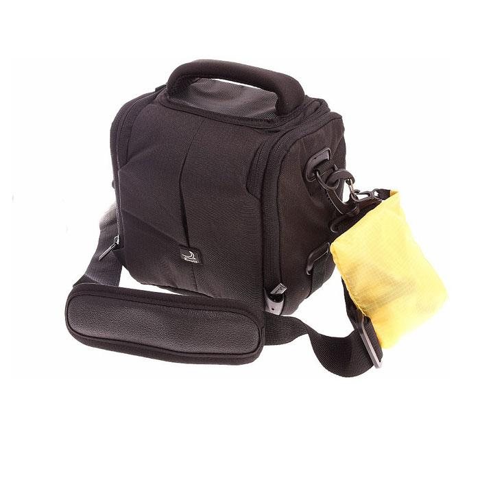 Roxwill N20, Black чехол для фото- и видеокамерN20 blackНадежная сумка Roxwill N20 для для зеркальной фотокамеры с установленным объективом. Надежно защитит вашу камеру от случайных ударов и царапин, а также от пыли и влаги. Верхний откидной клапан закрывается на двойную застежку «молния» и обеспечивает быстрый доступ к фотокамере. Дополнительно возможно разместить зарядное устройство с помощью внутренней передвижной перегородки. Имеется два внутренних кармана для карт памяти и два внешних кармана для аксессуаров. Для переноски предусмотрены регулируемый наплечный ремень и удобная ручка. Предусмотрена возможность крепления на поясном ремне. В комплект входит чехол для защиты от дождя.