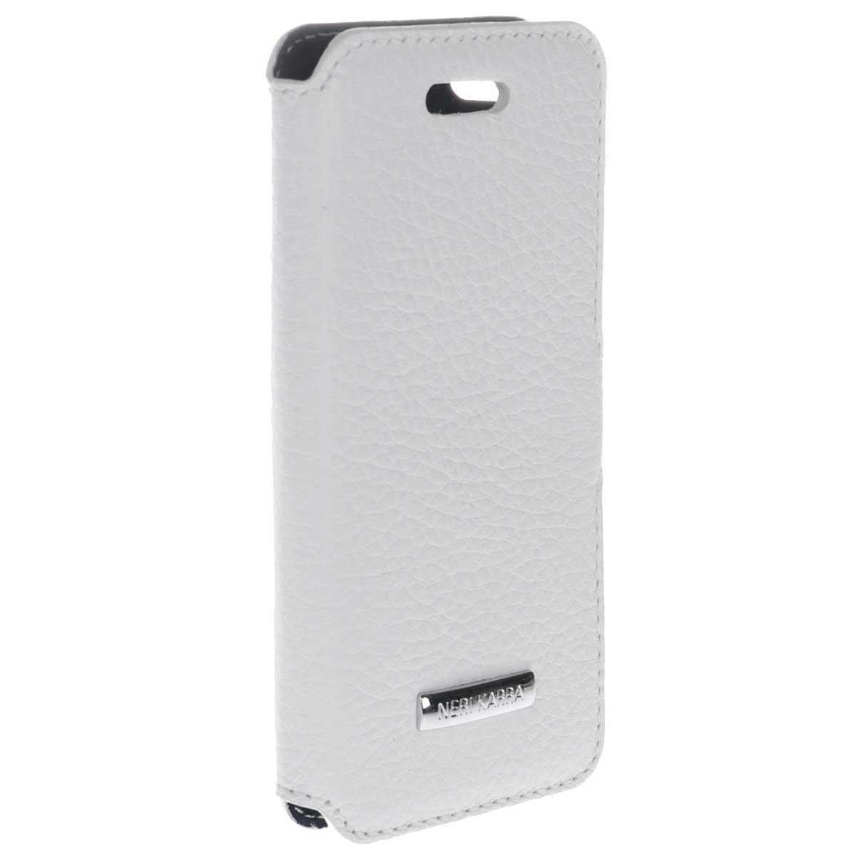 Neri Karra чехол для Apple iPhone 5/5s, White552.505.12/07Neri Karra - стильный аксессуар из натуральной кожи, который защитит ваше мобильное устройство от внешних воздействий, грязи, пыли, брызг. Чехол также поможет при ударах и падениях, смягчая удары, не позволяя образовываться на корпусе царапинам и потертостям. Обеспечивает свободный доступ ко всем разъемам и клавишам устройства.