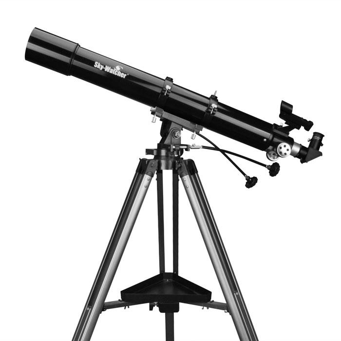 Sky-Watcher BK 809AZ3 телескопBK 809AZ3Ахроматический рефрактор Sky-Watcher BK 809AZ3 станет прекрасным подарком начинающему любителю астрономии. Качественная просветленная оптика позволяет получить четкое и контрастное изображение по всему полю зрения. Эта модель отличается надежной конструкцией. Азимутальная монтировка проста в управлении. Объектив диаметром 80 мм позволяет рассмотреть множество интересных астрономических объектов. Данная модель оптимальна для изучения Луны и планет Солнечной системы, однако ее можно с успехом использовать и для наблюдения объектов дальнего космоса. Для точной настройки резкости используется реечный фокусер со стандартным посадочным диаметром 1,25. Телескоп комплектуется двумя окулярами: 25 мм и 10 мм. Начинать наблюдения лучше с длиннофокусного окуляра. Оптическая труба устанавливается на азимутальную монтировку AZ3. Благодаря встроенным механизмам тонких движений монтировка обеспечивает плавный и ровный ход трубы. Для управления...