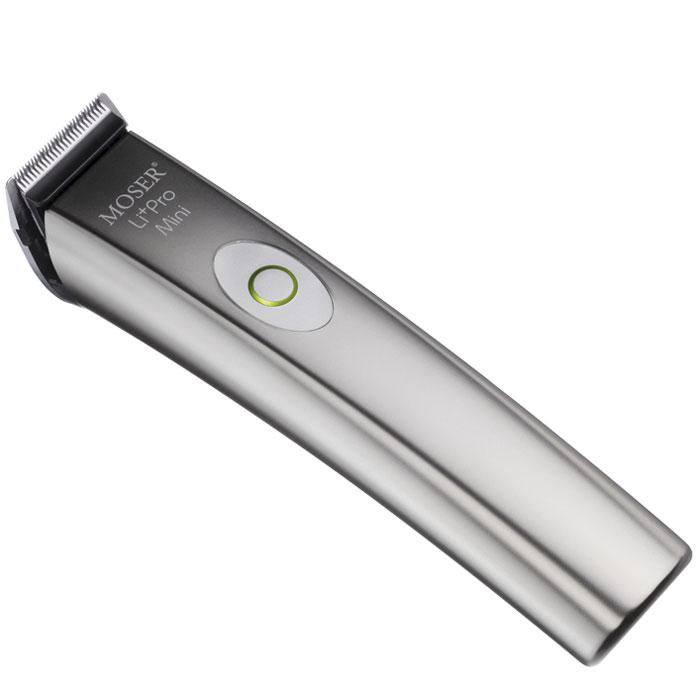 Moser LiPro Mini машинка для стрижки (1584-0050)1584-0050Профессиональная аккумуляторно-сетевая окантовочная машинка Moser LiPro Mini. Лёгкая и тихая, машинка оснащена профессиональным ножевым блоком нового поколения с высотой среза 0,4 мм. Нож легко снимается для чистки и смазки режущих элементов, а также для быстрой замены на нож Carving для точных линий и Designer для стрижек-татуировок (в комплект не входят). Управляемый микроконтроллером роторный мотор обеспечивает стабильность работы прибора, независимо от степени зарядки аккумулятора или структуры волос. Индикатор зарядки аккумулятора своевременно укажет Вам на необходимость подключения машинки к сети.