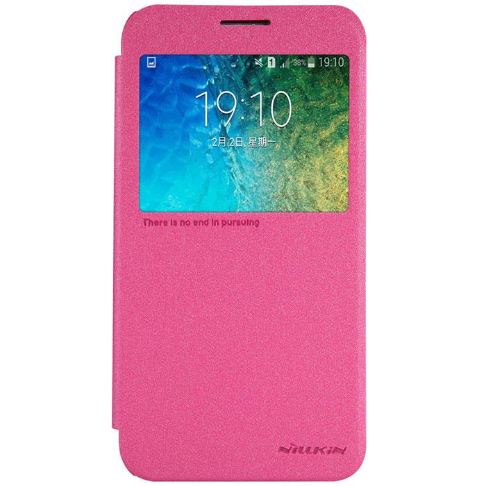 Nillkin Sparkle Leather Case чехол для Samsung Galaxy E5, Rose RedT-N-SGE5-009Чехол Nillkin Sparkle Leather Case для Samsung Galaxy E5 отлично защищает ваш телефон от внешних воздействий, грязи, пыли, брызг, также смягчает удары, не позволяя образовываться на корпусе царапинам и потертостям. Не имеет крепления для ношения на поясном ремне. Позволяет пользоваться всеми функциями не вынимая из чехла.