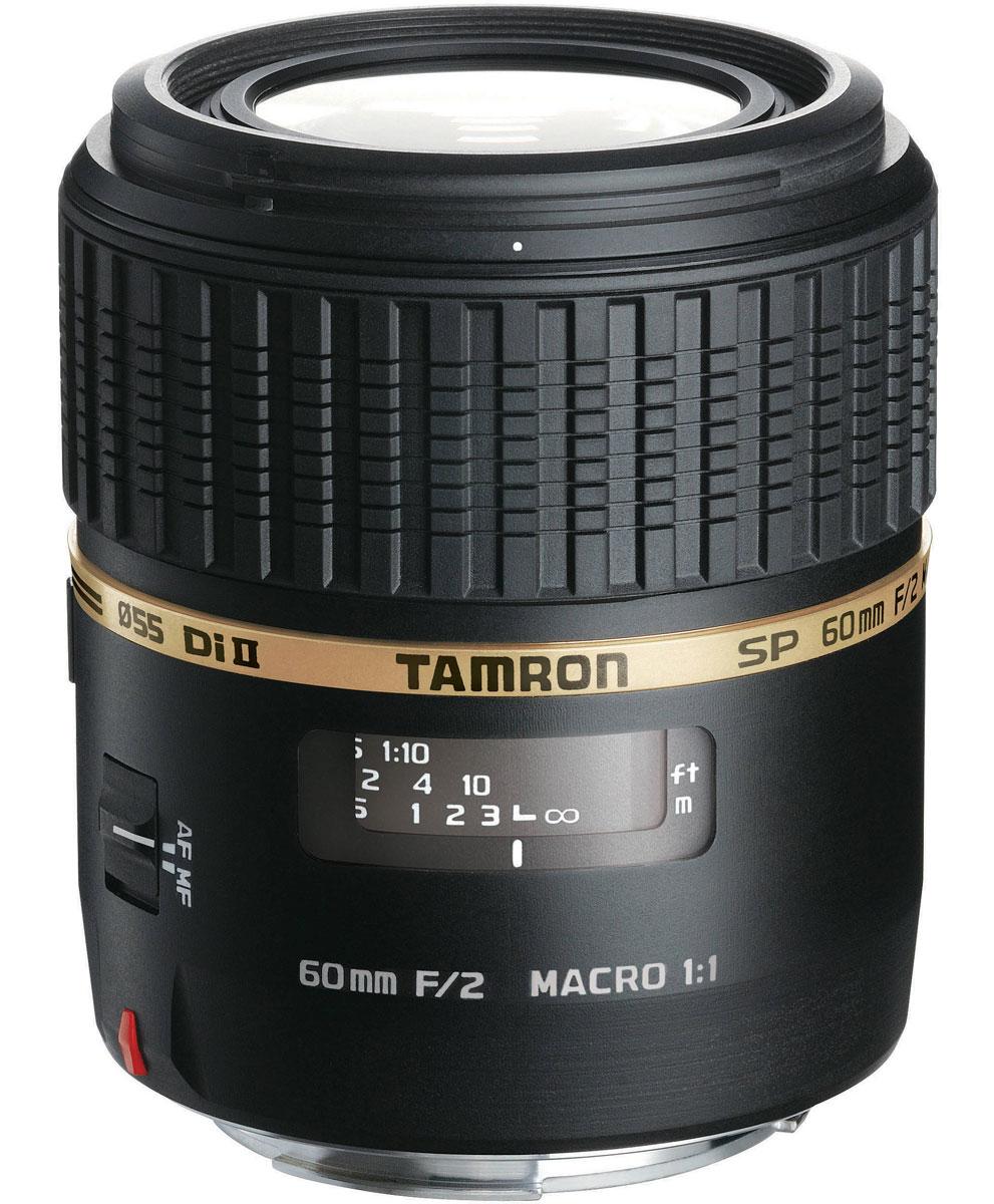 Tamron SP AF 60mm F/2 Di II LD Macro, Sony объективG005STamron SP AF 60mm F/2 Di II LD Macro создан на основе легендарного объектива SP AF90mm F/2.8 Di MACRO 1:1 и объектива SP AF180mm F/3.5 Di MACRO 1:1. Коэффициент увеличения 1:1 позволяет захватывать мельчайшие детали, которые природа может предложить в полном формате. Он относится к профессиональным объективам (SP) Tamron и отличается превосходными оптическими и техническими характеристиками. При максимально открытой диафрагме, фон на изображении будет красиво размыт (боке), а объекты на переднем плане выгодно выделяться на этом фоне. Кроме того, объектив пригодиться при съемке в условиях недостаточного освещения. Переключение между автоматической (AF) и ручной фокусировкой (MF) осуществляется переключателем расположенном на объективе. Широкое кольцо фокусировки облегчает легкую и точную наводку камеры на резкость, в т.ч. в ручном режиме MF. В объективах Di II приняты меры по предотвращению фантомных изображений и отражений, например, путем нанесения...