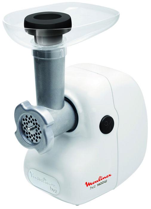 Moulinex ME208139 белыйME208139 белыйОсобенности модели Moulinex ME208139 – простая в управлении и мощная мясорубка. Особенностью данной модели является большая мощность, производительность, а также эргономичный и продуманный корпус. Имея производительность больше 1,7 кг/мин, мясорубка способна перемолоть мясо любой плотности, а благодаря наличию двух решеток с разным диаметром, фарш на выходе будет нужного размера и высокого качества. Также, стоит упомянуть и высокое качество сборки – корпус устройства выполнен из качественных материалов, которые легко вытираются после использования и не подвержены износу, имеет хорошую эргономику и удобные элементы управления. Сферы применения Если вам требуется мощное и удобное решение для кухни, то Moulinex ME208139 отлично для этого подойдет. Хорошая эргономика, высокая надежность, а также качественные материалы корпуса сделают из Moulinex ME208139 отличного помощника любому повару.