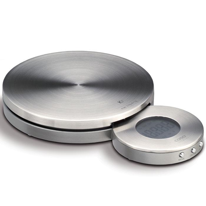 CASO K 3 весы кухонныеK3Стильные кухонные весы CASO К3 с часами и таймером идеально подойдут для вашей кухни. Благодаря красивому дизайну и настенного крепления, CASO К3 можно повесить на стену и использовать как часы. Очень точный сенсор нагрузки и немецкое качество делают эти весы обязательной покупкой!