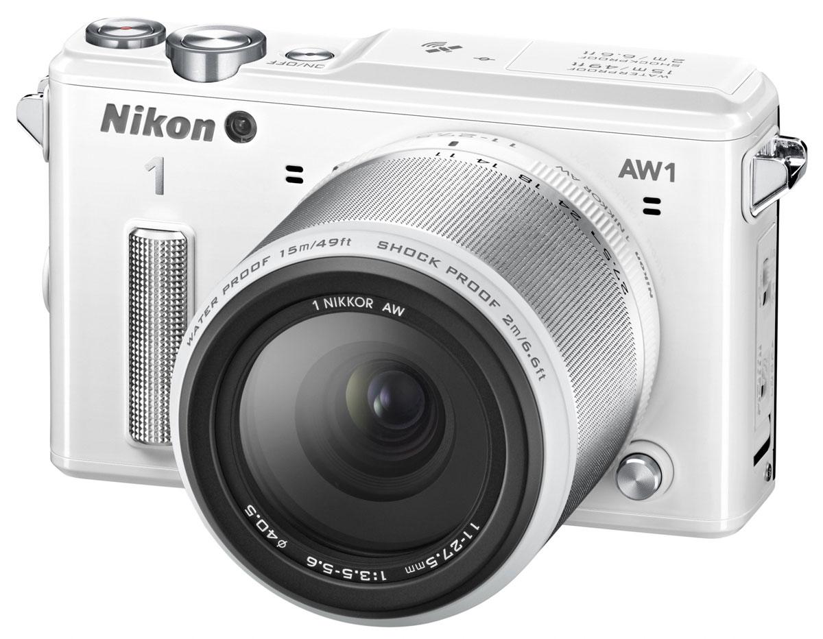 Nikon 1 AW1 Kit 11–27.5mm, White цифровая фотокамераVVA203K001Водонепроницаемая, ударопрочная, морозостойкая и удивительно быстрая фотокамера Nikon 1 AW1 никогда вас не подведет. Куда бы вы ни отправились - на горнолыжный курорт, в путешествие на яхте или на захватывающее сафари, эта системная фотокамера всегда будет защищена от повреждений и воздействия неблагоприятных погодных условий. Минималистичный дизайн фотокамеры отлично впишется и в роскошную обстановку городских мероприятий. Система EXPEED 3A со сдвоенным процессором нового поколения от компании Nikon обрабатывает данные с невероятной скоростью, благодаря чему достигается невероятная производительность в любой ситуации. Система легко справляется со многими задачами фотокамеры, требующими интенсивной работы процессора, например высокоскоростной непрерывной съемкой или одновременной записью фотографий и видеороликов. С помощью функции Съемка лучшего момента вы всегда сможете получить лучший снимок. В режиме Замедленный просмотр фотокамера снимает до...