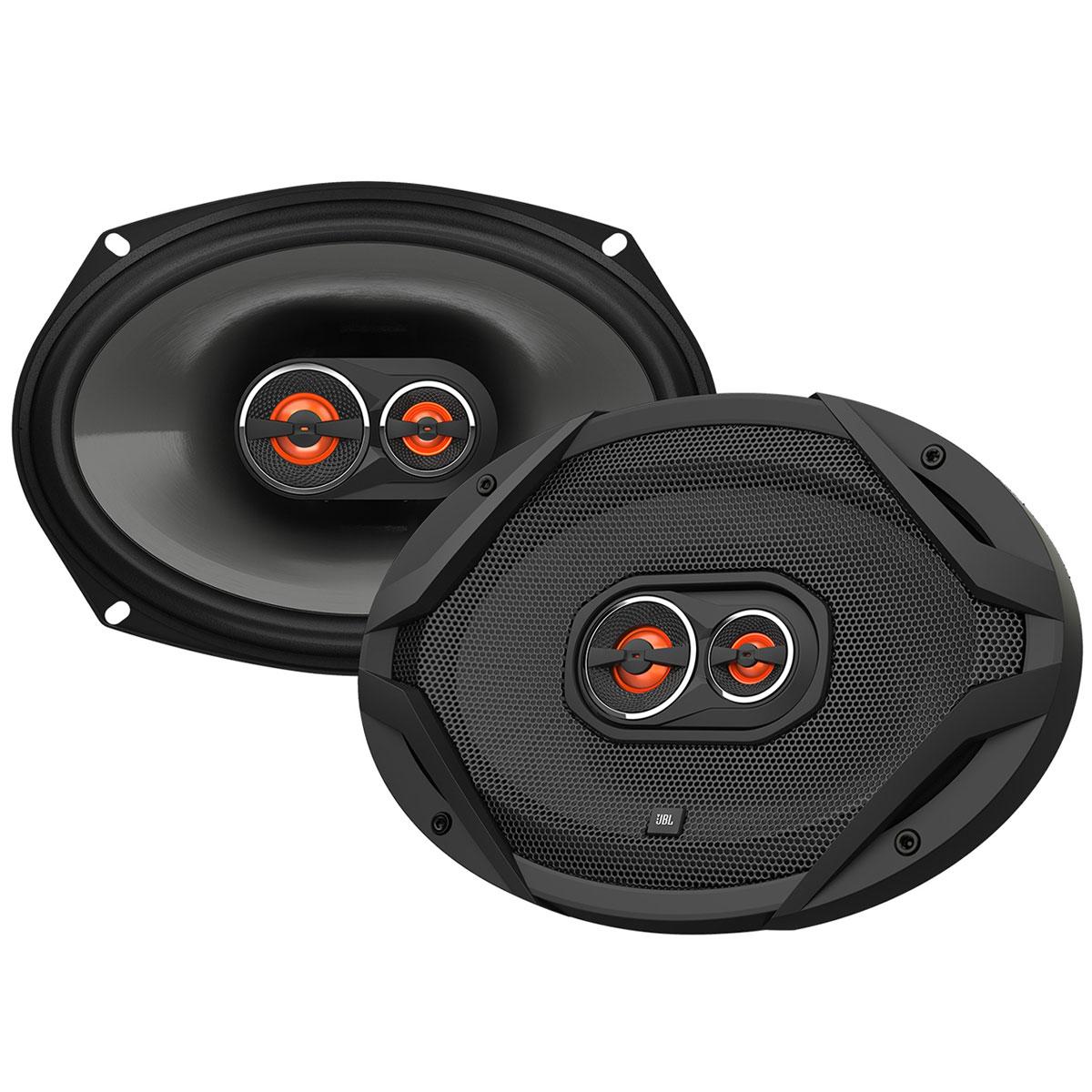 JBL GX963 автоакустика коаксиальнаяGX963Автомобильные динамики JBL GX универсальны и подходят почти под любые разъемы для акустики. Основные особенности серии – новый фирменный дефлектор твитера, индивидуальная настройка и звуковые катушки, которые обеспечивают оптимальное распределение мощности. Диффузоры JBL GX увеличены при помощи технологии Plus One, также динамики оснащены плавнообтекаемыми твитерами с приводом по краю и, конечно, отличаются неотразимым дизайном. Это не просто великолепный звук, это нечто большее!