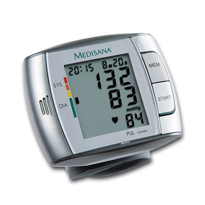 Medisana Запястный тонометр HGC00000811Тонометр на запястье Medisana HGC представляет собой компактный автоматический тонометр с памятью на 60 измерений. В нем применяется самый распространенный в подобных приборах осциллометрический метод измерений кровяного давления. Корпус прибора представляет собой моноблок, а манжета прикреплена непосредственно к тонометру. Манжета имеет размеры 300 x 70 мм и образует периметр 14 x 19,5 см для взрослых. Medisana HGC отображает данные цифровой индикацией на экране. Одновременное отображаются артериальное давление (систолическое и диастолическое), пульс, текущее время и дата. Также имеется цветная шкала для оценки результатов измерения в соответствие с нормами Всемирной Организации Здравоохранения (ВОЗ). Для плохо видящих людей в приборе предусмотрена функция голосового сообщения результатов на русском, немецком, английском, французском, голландском и испанском языках.