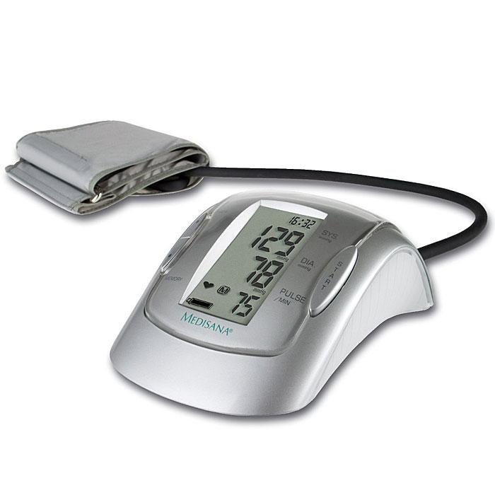Medisana Плечевой тонометр MTP PLUS00000805Medisana занимает ведущие место в профилактическом здравоохранении. Она выпускает и постоянно совершенствует множество продуктов, предназначенных для контроля за здоровьем в домашних условиях. Автоматический тонометр Medisana MTP Plus является точным прибором для измерения давления в области предплечья в домашних условиях. Он может использоваться для двух и более пользователей. В приборе использована новая технология для точного измерения артериального давления и пульса на предплечье даже при наличии нарушений ритма сердца. Измерение производится специальным микропроцессором. С помощью датчика давления он анализирует вибрации, возникающие на артерии при накачивании и выпуске воздуха из манжеты. В приборе реализована интеллектуальная система измерений. Благодаря ей, прибор сам настраивается на каждого пользователя и накачивает давление в манжете до необходимого уровня для конкретного человека, что значительно повышает точность измерения и минимизирует болевые...