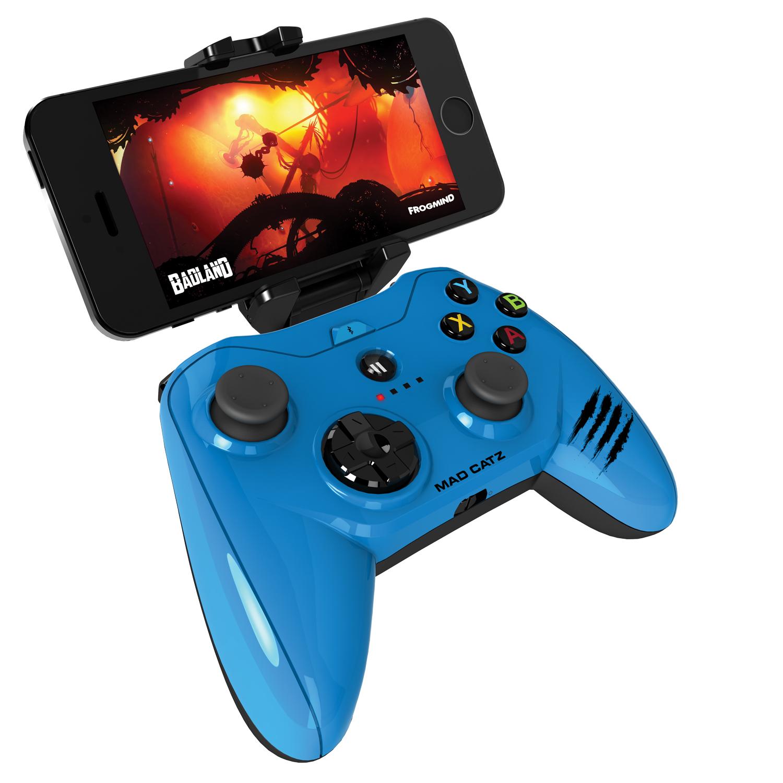 Mad Catz Micro C.T.R.L.i, Gloss Blue беспроводной геймпад для iPhone и iPadMCB312680A04/04/1Mad Catz Micro C.T.R.L.i – это мобильный геймпад с традиционными элементами управления для устройств, работающих на iOS 7 и выше. Благодаря съемному креплению для смартфона Micro C.T.R.L.i превращает ваше устройство iOS в портативную игровую консоль, где бы вы ни находились — дома или в дороге. А подключив свой iPhone к телевизору с помощью адаптера Lightning Digital AV от Apple, вы сможете играть в настоящие аркадные игры в собственной гостиной. Благодаря скорости реагирования, которая гораздо выше, чем у стандартных геймпадов для игровых консолей, Micro C.T.R.L.i по праву можно считать лучшим геймпадом для устройств Apple. Идеальная совместимость с устройствами Apple: Мобильный геймпад Micro C.T.R.L.i оснащен модулем Bluetooth с микросхемой, одобренной компанией Apple, что гарантирует полную совместимость с устройствами Apple. Геймпад Micro C.T.R.L.i официально сертифицирован компанией Apple, соответствует нормативным характеристикам и даже...