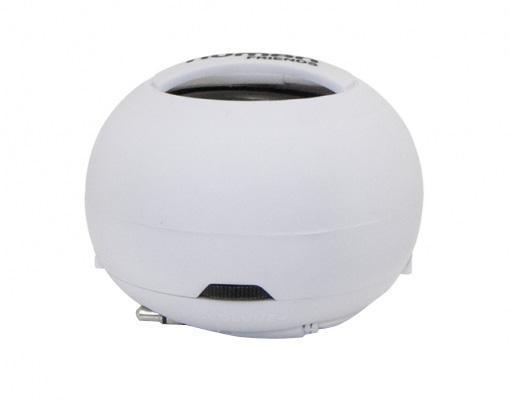 """Human Friends Sphere, White портативная акустическая системаSphereПортативная колонка Human Friends """"Sphere"""", благодаря своей компактности и легкости, позволит вам насладиться хорошим звучанием в любом удобном месте. Море, пляж, дача - теперь вся природа будет танцевать вместе с вами. Колонка удобна в транспортировке, а встроенный аккумулятор будет радовать вас своей работой до 8 часов Несмотря на размеры Sphere имеет серьезный частотный диапазон, от 100 до 20 000 Гц, при этом глубина низких частот может быть усилена за счет дополнительного резонатора. Чтобы его задействовать, достаточно провернуть верхнюю и нижнюю полусферы корпуса в противоположных направлениях Для создания еще большего музыкального эффекта объедините сколь угодно большое количество устройств в одну «цепь» и заполните этот мир любимыми звуками. Колонка заряжается через USB и через 2 часа снова готова вас радовать"""