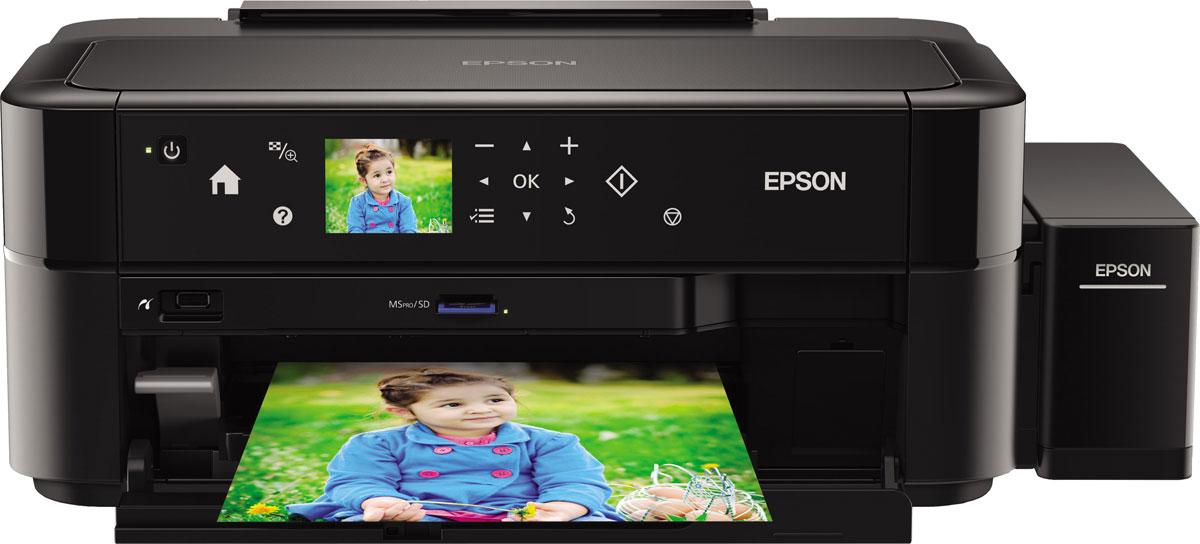 Epson L810 6-цветный принтерC11CE32402Фотопринтер с рекордно низкой себестоимостью печати, позволяющий делать фотографии без использования ПК, благодаря слоту для чтения карт памяти, ЖК -экрану и сенсорной панели управления Фабрика печати Epson L810 - это уникальный фотопринтер со встроенными емкостями для чернил, вместо картриджей, специально созданный для тех, кому необходима экономичная печать фотографий без использования ПК. Струйный фотопринтер Epson L810 позволяет печатать цветные фотографии высокого качества с рекордно низкой себестоимостью - всего 1,5 рубля за снимок формата 10?15 (без учета стоимости фотобумаги). При этом стартового набора расходных материалов хватит на 1800 фотографий. Самой удобной особенностью Epson L810 служит возможность печати фотографий без ПК, благодаря слоту для карт памяти, сенсорной панели управления и ЖК-экрану диагональю 6,9 см. Epson L810 идеально подойдет, как профессиональным фотографам на мероприятиях, так и фотолюбителям, предпочитающим печатать...