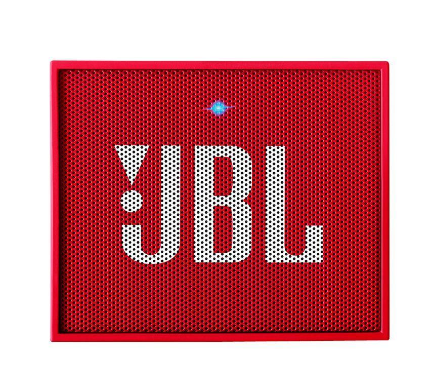 JBL GO, Red портативная акустическая система6925281903724Этот динамик является удобным решением все-в-одном. Он поддерживает Bluetooth, что позволяет подключать его к любым современным гаджетам, а встроенный аккумулятор подарит вам 5 часов музыки без перерыва. JBL GO также оснащен встроенным микрофоном с технологией шумоподавления, что позволяет вам общаться по телефону по громкой связи. Доступный в 8 ярких расцветках, в прорезиненном корпусе и фирменном стиле JBL, этот портативный динамик подойдет любому, кто любит качественный звук и портативность. GO оснащен креплением, за которое динамик можно прицепить к рюкзаку или одежде. Теперь вы можете никогда не расставаться с любимой музыкой.