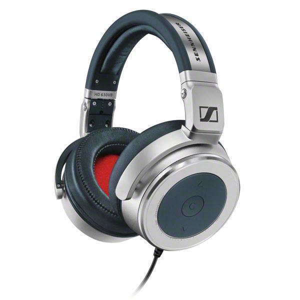 Sennheiser HD 630VB наушники505985HD 630VB способны обеспечить меломана превосходным звуком на долгие годы. Дома или на улице мобильные аудиофильские наушники Sennheiser HD 630VB демонстрируют потрясающую производительность и наличие множества функций, которыми обычно не могут похвастаться другие аудиофильские наушники. Передовые преобразователи обеспечивают ясный и мощный звук, позволяя Вам слышать малейшие нюансы Ваших любимых музыкальных записей. Звуковая картина этих наушников отличается потрясающей реалистичностью. Диапазон воспроизводимых частот от 10 до 42000 Гц позволяет слушать файлы самого высокого разрешения. Тем не менее, несмотря на аудиофильское происхождение, HD 630VB могут составить Вам компанию на улице или в городе. Закрытая конструкция гарантирует оптимальное ослабление окружающего шума, кроме того, эти наушники складные, что увеличивает мобильность и значительно облегчает их транспортировку и хранение. Наличие многих функций управления позволит получить от наушников максимальную...