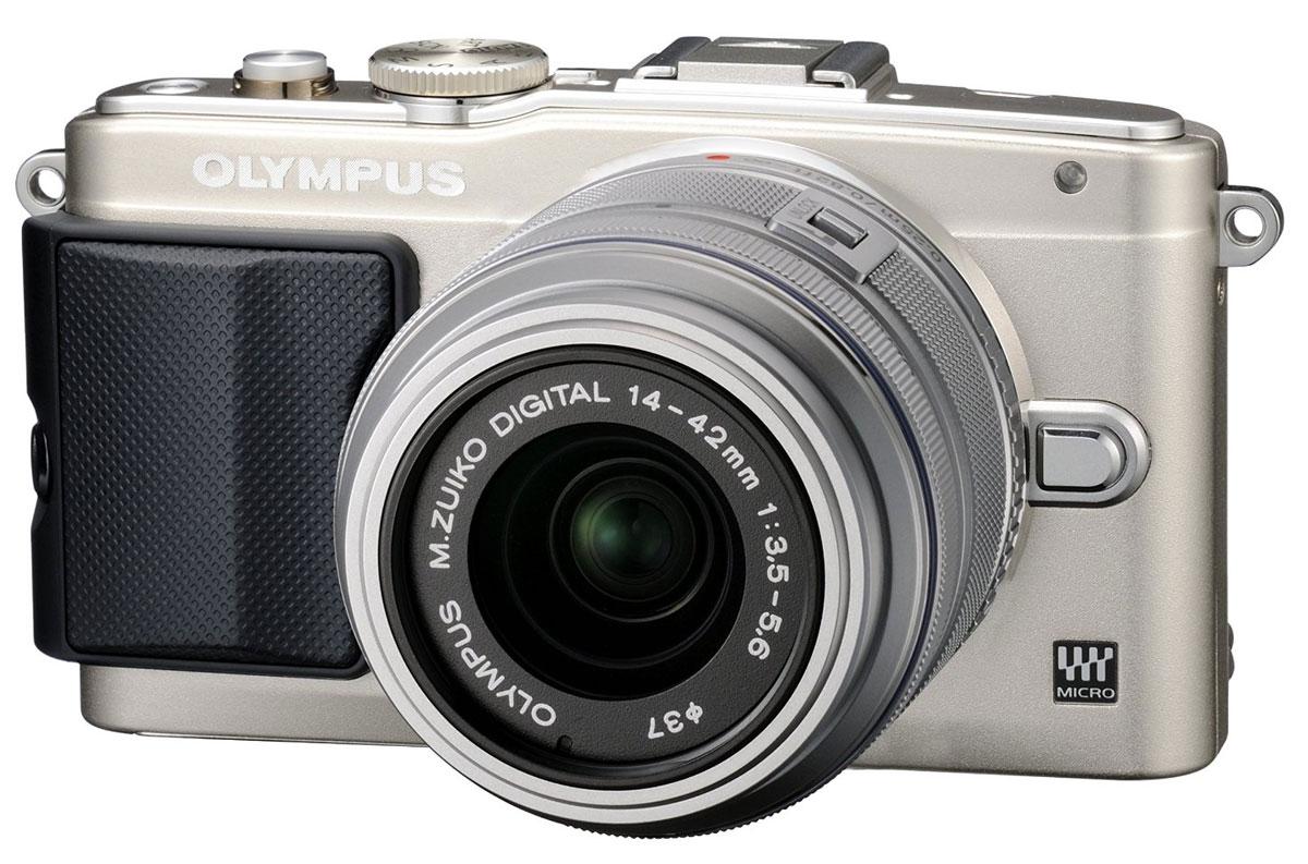 Olympus E-PL6 Kit EZ-M1442 II R, Silver цифровая фотокамера ( V205051SE000 )
