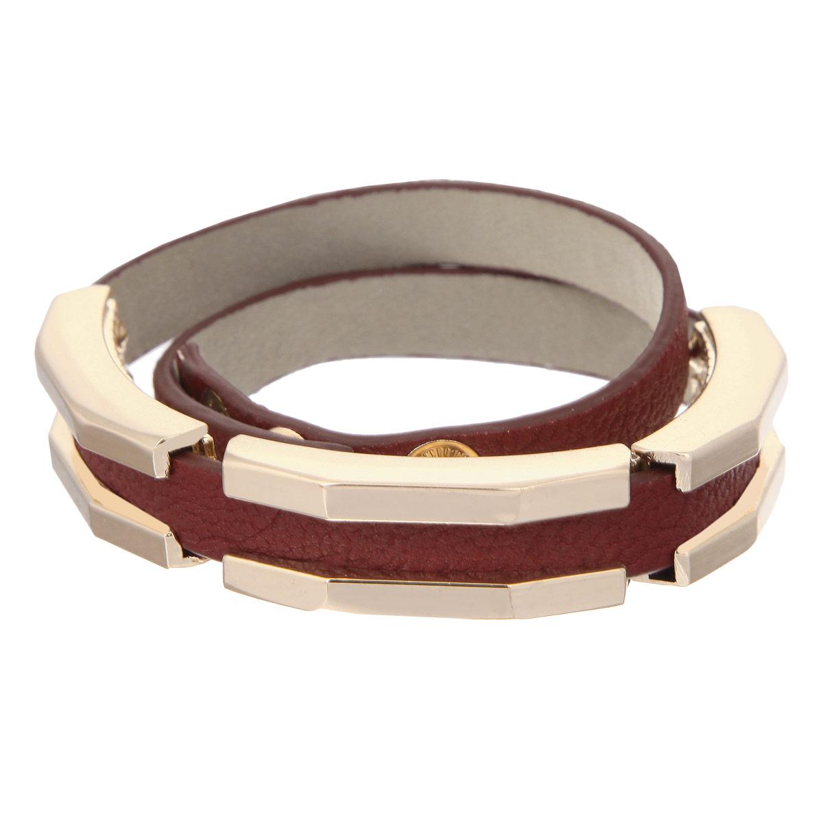 Браслет Taya, цвет: темно-красный. T-B-8054-BRAC-D.REDT-B-8054-BRAC-D.REDСтильный женский браслет Taya выполнен из натуральной кожи, оформлен тремя элементами оригинальной формы из ювелирного сплава. Изделие застегивается на кнопки, длина регулируется. Такой браслет позволит вам с легкостью воплотить самую смелую фантазию и создать собственный неповторимый образ.