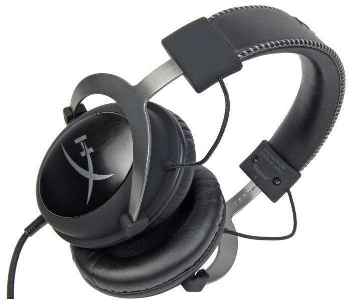 Kingston HyperX Cloud II, Silver Metallic игровая гарнитураKHX-HSCP-GMHyperXCloud II включает новый USB-блок управления звуком, усиливающий звук и голос для идеального Hi-Fi-гейминга – вы услышите все, чего не слышали раньше. Откройте для себя целый новый мир звуков, который никогда не будет доступен другим игрокам. Независимая регулировка громкости звука и микрофона позволяет регулировать не только громкость звука, но и уровень микрофона, а также легко переключать функцию Surround Sound 7.1 или включать/выключать звук микрофона. Эта гарнитура нового поколения создает виртуальный объемный звук Virtual Surround Sound 7.1, который расширяет восприятие игр, фильмов и музыки. Точно определяйте местоположение своих оппонентов и наносите им удар еще до того, как они заметят ваше приближение.
