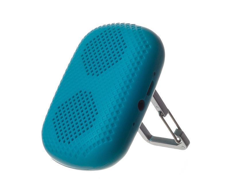 Harper PS-041, Blue портативная колонкаPS-041 BlueHarper PS-041 позволит прослушивать любимые треки где бы вы не находились. Мини-колонка достаточно компактная и легкая. Ее можно взять с собой на прогулку, в дорогу или на природу. Посредством беспроводного канала динамик легко подключается практически к любому современному устройству, в том числе смартфону, планшету или ноутбуку, при этом радиус действия сигнала составляет до 10 метров. В случае, когда плеер не оснащен модулем беспроводной связи, его подключение к мини-колонке производится через порт AUX. Все кнопки управления находятся на задней панели. LED индикатор, вынесенный на боковую грань, сообщит пользователю о низком заряде аккумулятора. Чтобы ответить на звонок, вам не нужно доставать телефон из кармана, достаточно кратко нажать на кнопку Hand-Free. Встроенный микрофон расположен рядом с разъемом для подзарядки и входом AUX. Мини-колонка оснащена карабином, который позволяет установить устройство на ровную поверхность или пристегнуть к сумке. Время работы через...